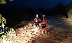 Κακοκαιρία Ιανός: Θρίλερ με τρεις εγκλωβισμένους στον Αλμυρό Βόλου –Ανέβηκαν σε δέντρο για να σωθούν