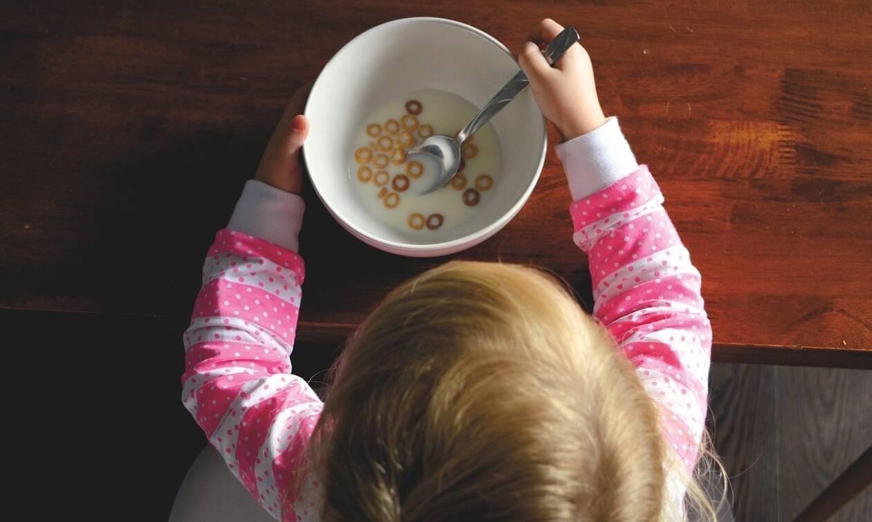Ποιες τροφές ενισχύουν τη μνήμη των παιδιών;
