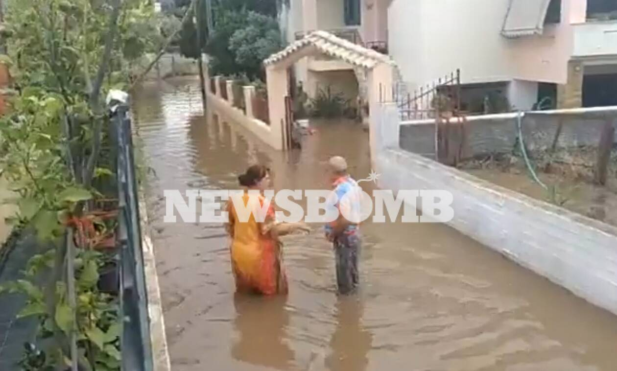 Κακοκαιρία Ιανός: Πλημμύρισαν σπίτια στα Λουτρά Ωραίας Ελένης στην Κορινθία