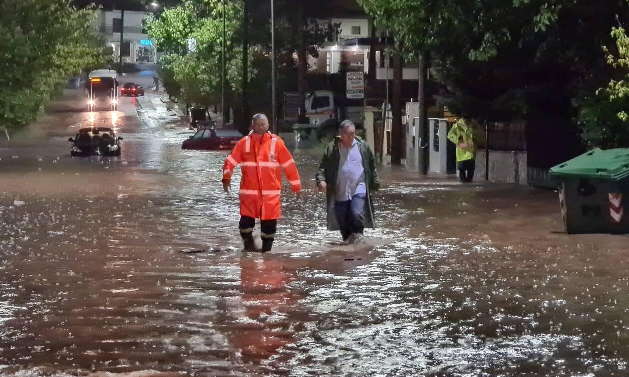 Κακοκαιρία «Ιανός» - Παρατηρητήριο ΝΔ: Τα fake news για τα μηνύματα από το 112