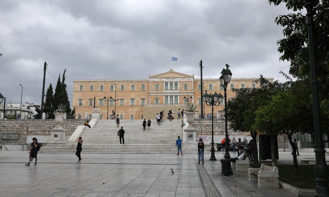 Νέα δημοσκόπηση: Δείτε τη διαφορά ΝΔ - ΣΥΡΙΖΑ - Τι λένε οι πολίτες για ελληνοτουρκικά, προσφυγικό
