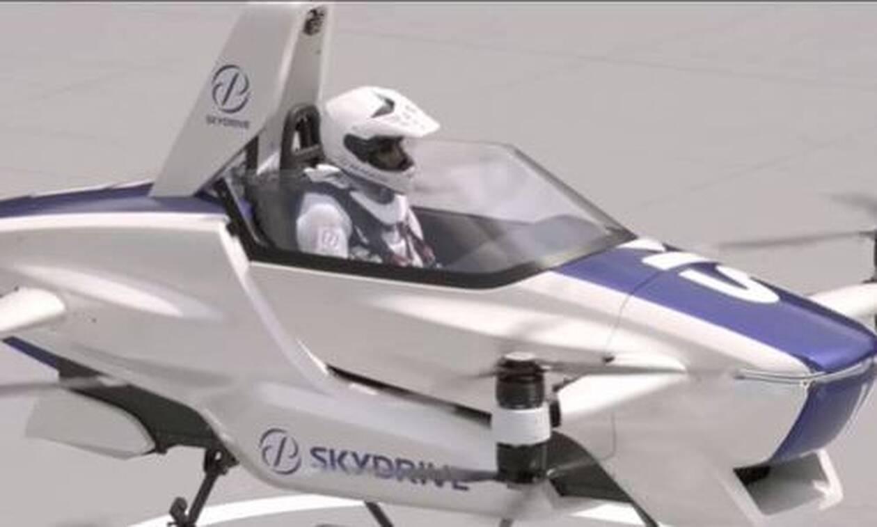 «Ιπτάμενο αυτοκίνητο» πέταξε με επιτυχία - Πότε βγαίνει στην παραγωγή
