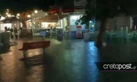 Κακοκαιρία: Ο Ιανός «μαστιγώνει» την Κρήτη - Πλημμύρες και διακοπές ρεύματος (pics+vids)