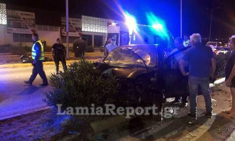 Λαμία: Σοβαρό τροχαίο  με δύο τραυματίες στην είσοδο της πόλης