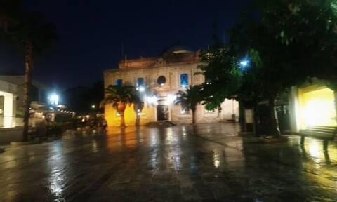 Κακοκαιρία Ιανός - Κρήτη: Βροχή με το τουλούμι στο Ηράκλειο - Πλημμύρισαν δρόμοι (pics)