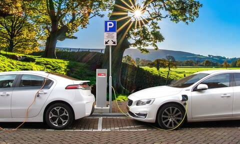 Οι προκλήσεις της ηλεκτροκίνησης των οχημάτων εν μέσω πανδημίας