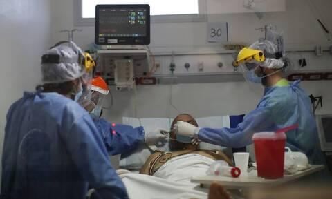 Κορονοϊός: Τρεις νεκροί σε λίγες ώρες στην Ελλάδα - Στα 335 τα θύματα της πανδημίας