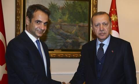 Πιθανή επικοινωνία Μητσοτάκη - Ερντογάν: Ο «σουλτάνος» ζαλίζει την Ευρώπη με τις «κωλοτούμπες» του