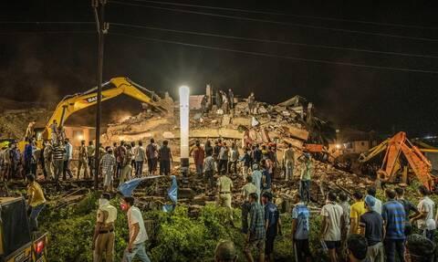 Ινδία: Οκτώ νεκροί από κατάρρευση πολυκατοικίας στη Μουμπάι