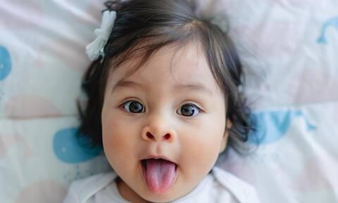 11 Tips που θα βοηθήσουν το μωρό σας να μιλήσει γρήγορα