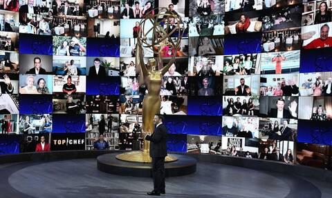 Βραβεία Emmy 2020: Οι νικητές της εξ αποστάσεως τελετής και η έκπληξη από τα «Φιλαράκια»