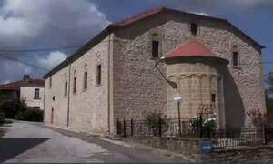 Κορονοϊός: Αυτό είναι το ελληνικό χωριό που ξεκληρίστηκε από την πανδημία (vid)