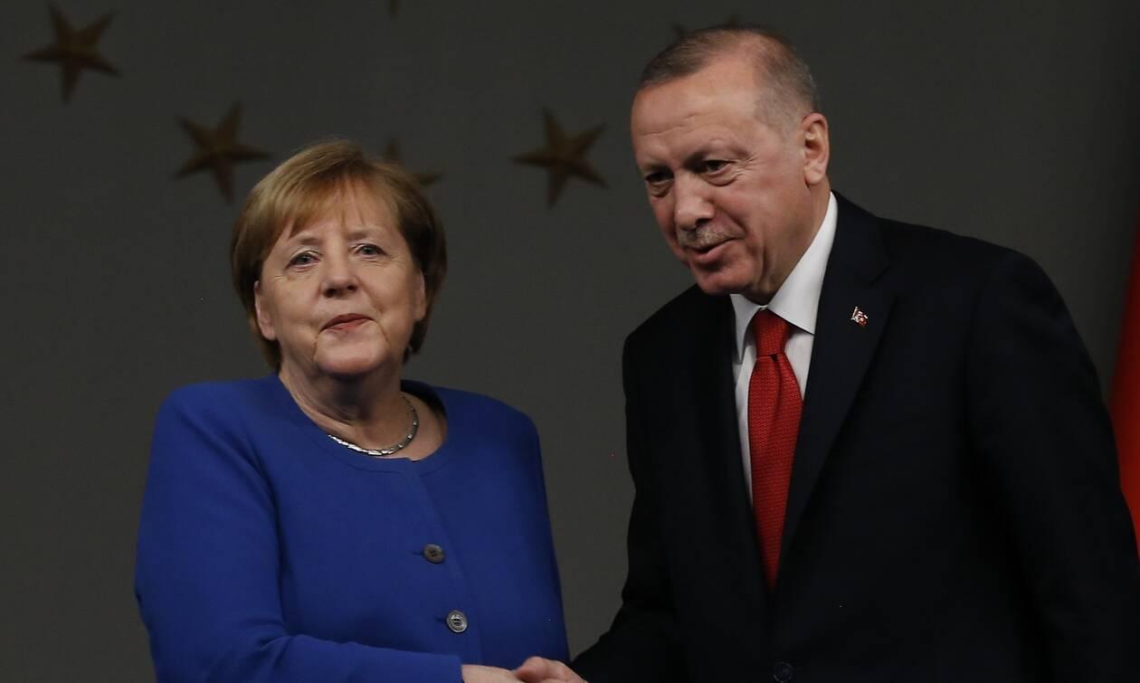 Κρίσιμο «ραντεβού» Ερντογάν με Μέρκελ και Μισέλ: «Ξεκλειδώνουν» οι διερευνητικές επαφές