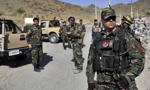 Αφγανιστάν: Δεκάδες νεκροί σε συγκρούσεις μεταξύ Ταλιμπάν και στρατού