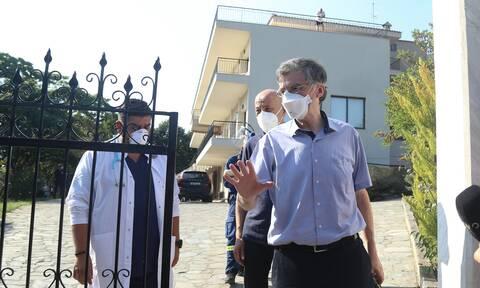 Κορονοϊός: Στο Άγιο Όρος ο Τσιόδρας - Συναγερμός για τα κρούσματα - Πιθανό το lockdown