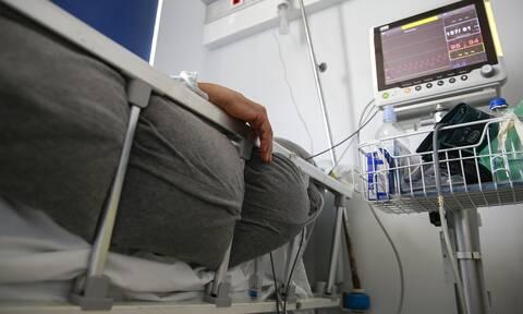 Κορονοϊός - Καμπανάκι ΠΟΥ: Αρνητικό ρεκόρ με 2 εκατ. κρούσματα σε μια εβδομάδα διεθνώς