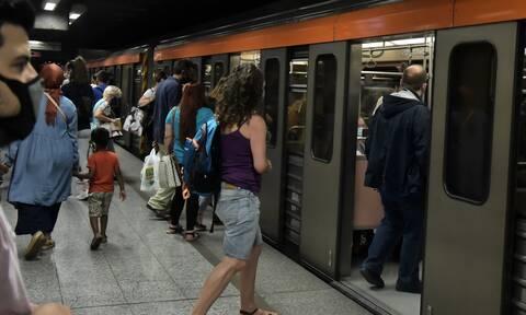 ΣΤΑΣΥ για το συνωστισμό στο Μετρό: Υπάρχει οργανωμένο σχέδιο βανδαλισμού συρμών