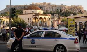 Κορονοϊός: Στο στόχαστρο της Αστυνομίας οι συναθροίσεις σε πλατείες και περίπτερα