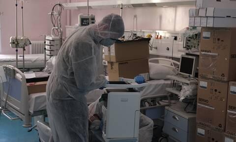 Κορονοϊός: Σοκάρει ακτινογραφία - Ραγδαία επιδείνωση στους πνεύμονες 38χρονου