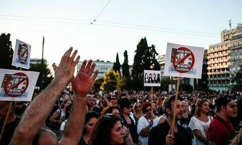 Κορονοϊός: Η αλήθεια που δεν θέλουν να πιστέψουν οι «εξυπνάκηδες» Έλληνες