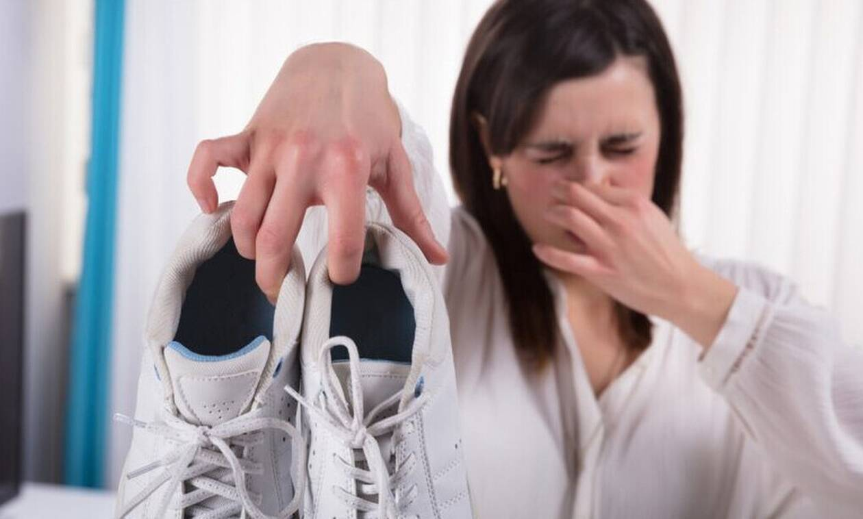 Έτσι θα διώξεις την άσχημη μυρωδιά από τα παπούτσια σου