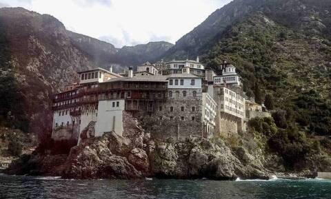Κορονοϊός - Άγιο Όρος: Δεν θέλουν lockdown οι μοναχοί - Έξαρση κρουσμάτων
