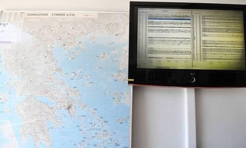 Λέκκας στο Newsbomb.gr: Καμία ανησυχία για τον σεισμό στη Λευκάδα