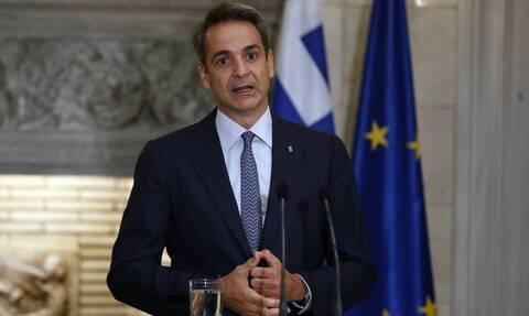 В Греции не будут вводить локдаун, если число новых случаев COVID-19 не достигнет 1600 в день