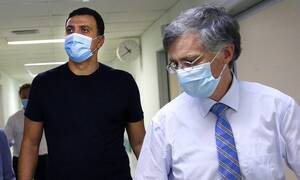 Κορονοϊός - Κικίλιας: 900 κρούσματα στο κέντρο της Αθήνας - Έρχονται 1.200 νέες κλίνες στις ΜΕΘ