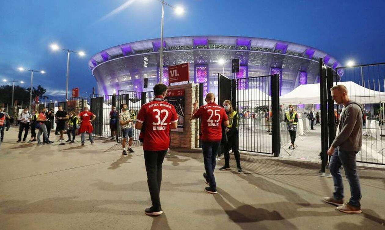 Ο κόσμος γύρισε στα γήπεδα - Δείτε τις πρώτες φωτογραφίες και βίντεο