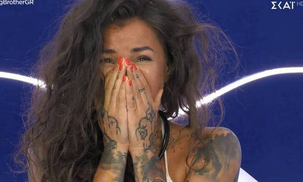 Big Brother: Λύγισε η Ραμόνα όταν μπήκε στο δωμάτιο και είδε...