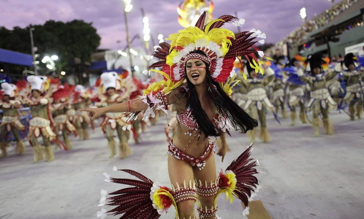 Βραζιλία: Ο κορονοϊός «χτύπησε» το καρναβάλι του Ρίο - Αναβάλλεται επ' αόριστον