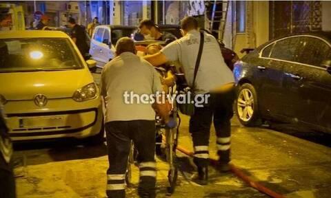 Φωτιά σε διαμέρισμα στο κέντρο της Θεσσαλονίκης: Στο νοσοκομείο 12 άτομα - Ένα σε κρίσιμη κατάσταση