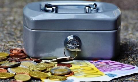 Συντάξεις Οκτωβρίου 2020: Ξεκίνησαν οι πληρωμές - Οι ημερομηνίες καταβολής για όλα τα Ταμεία