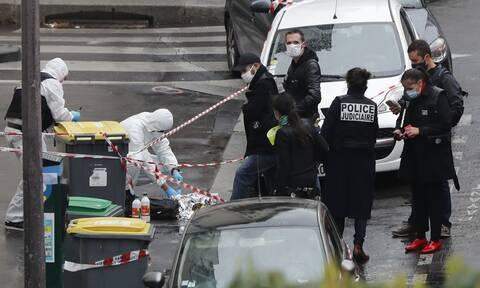 Γαλλία: Άλλοι 5 άνδρες τέθηκαν υπό κράτηση για την επίθεση στα παλιά γραφεία του Charlie Hebdo