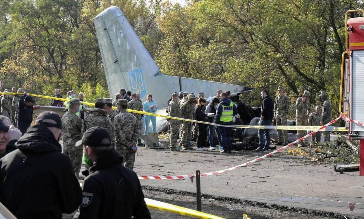 Ουκρανία: Ο πρόεδρος Ζελένσκι επισκέφθηκε τον μοναδικό επιζώντα της αεροπορικής τραγωδίας