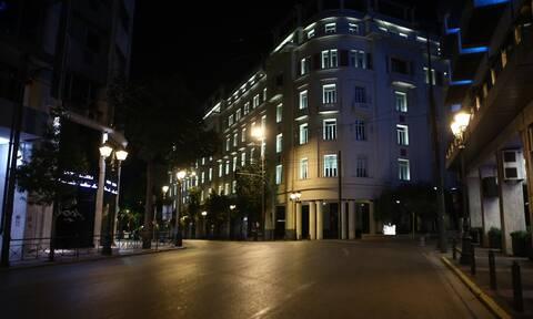 Κορονοϊός: Βουβή και έρημη η Αθήνα! Σε ισχύ το μίνι lockdown –Έκλεισαν περίπτερα, κάβες, μίνι μάρκετ