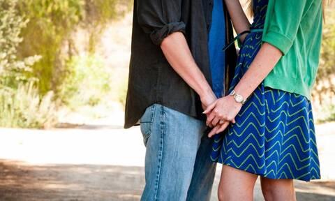 Cloaking: Η νέα τάση που προκαλεί ανησυχία στις σχέσεις