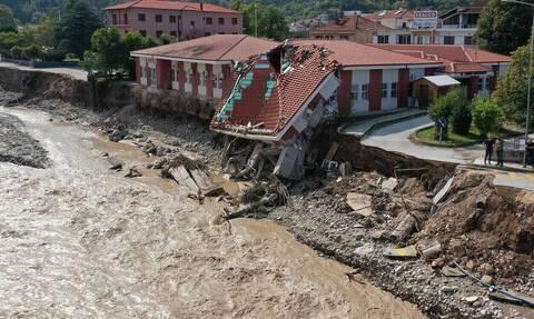 Κακοκαιρία «Ιανός»: Γιατί «πνίγηκε» η Θεσσαλία – Τι λέει ο Ευθύμης Λέκκας
