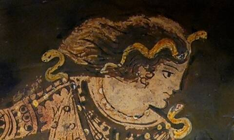 Αυτή ήταν η πιο ισχυρή γυναίκα της αρχαίας Ελλάδας - Όταν μιλούσε, όλοι οι άνδρες παρέμεναν σιωπηλοί