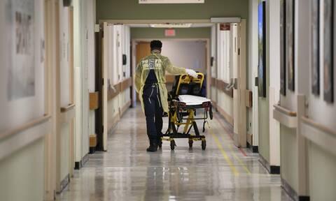 Κορονοϊός: Γιατί διασωληνώνονται νεαροί ασθενείς και γιατί ο ιός «προτιμά» τους άντρες;