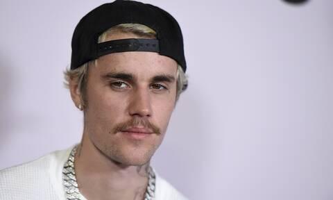 Justin Bieber και Chance the Rapper: Μοιράζουν λεφτά για καλό σκοπό