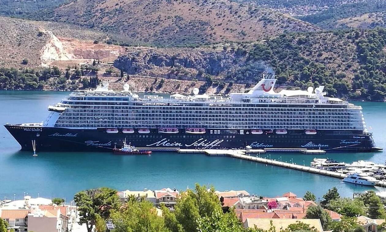 Κορονοϊός: Συναγερμός σε κρουαζιερόπλοιο με πάνω από 1.000 άτομα στη Μήλο - Βρέθηκαν 12 κρούσματα