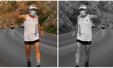 Η φωτογραφία του γιατρού από την Κρήτη που κάνει το γύρο του ίντερνετ! (pic)