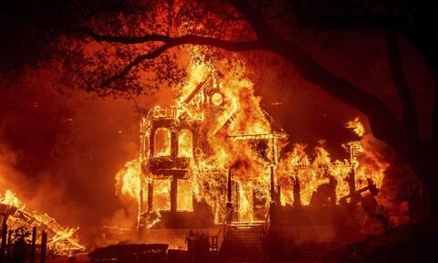 Καλιφόρνια: Η «Glass Fire» έχει «τυλίξει» στις φλόγες την κοιλάδα της Νάπα