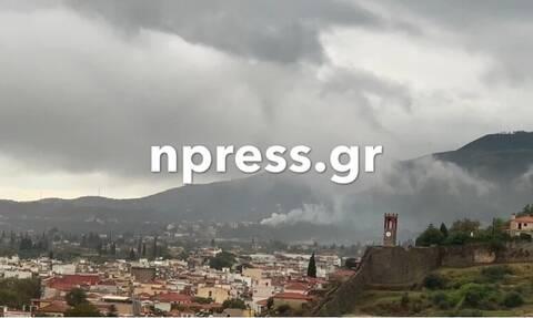 Ναύπακτος:  Σπίτι καίγεται από κεραυνό - Βίντεο σοκ