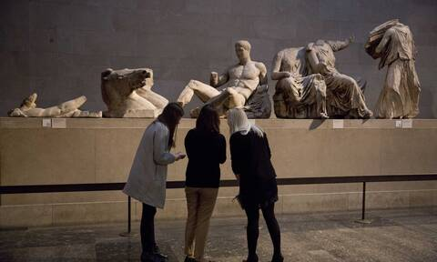 Βρετανικό μουσείο: «Δεν θα αφαιρέσουμε αμφιλεγόμενα εκθέματα»–Τι ισχύει για τα Γλυπτά του Παρθενώνα