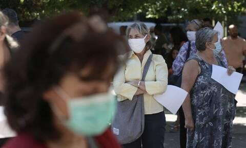 Κορονοϊός: Η Αττική στο «κόκκινο» - Ένα βήμα πριν τη μάσκα στους εξωτερικούς χώρους
