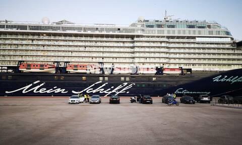 «Mein Schiff 6»: Τσιόδρας και Χαρδαλιάς θα μεταβούν στο κρουαζιερόπλοιο