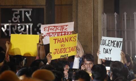 Οργή στην Ινδία: Θύμα βιασμού πέθανε εβδομάδες μετά την επίθεση - Διαδηλώσεις έξω από το νοσοκομείο